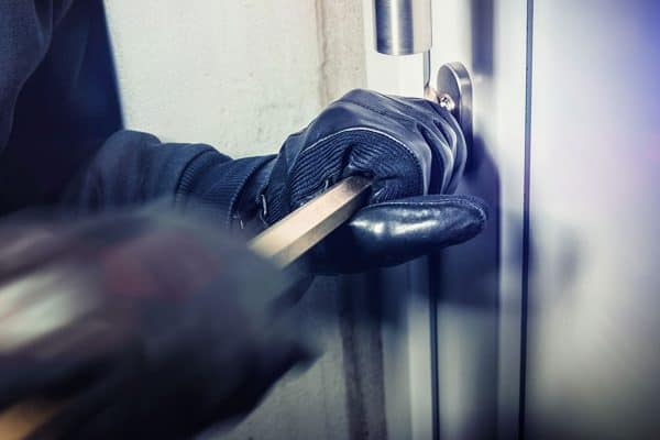 How to make sure intruders don't bypass your electric security fencing